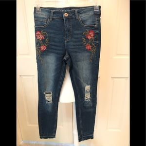 Vanilla Star high rise skinny embellished jeans